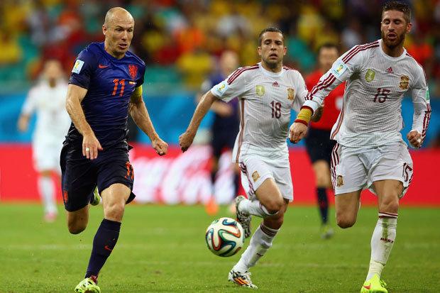 世界最快足球运动员:飞翔的罗本